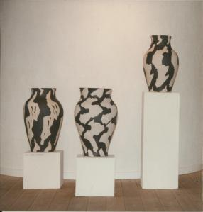 Krukker, stentøj, 1994, ca 50 cm høje.